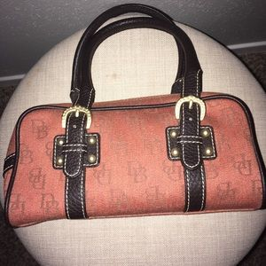 Cute dainty purse for small child or teenager